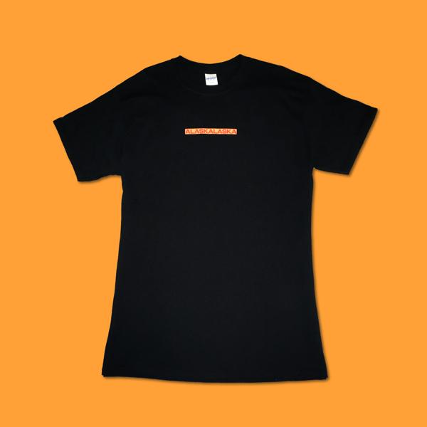 """THE DOTS"" Black T-shirt - ALASKALASKA"