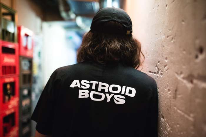 WHITE AB LOGO T-SHIRT - Astroid Boys