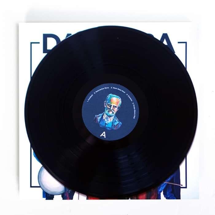 VINYL | DAGAMBA feat Tchaikovsky - DAGAMBA