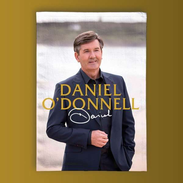 *New In* Daniel 'Signature' White Tea Towel - Daniel O'Donnell US
