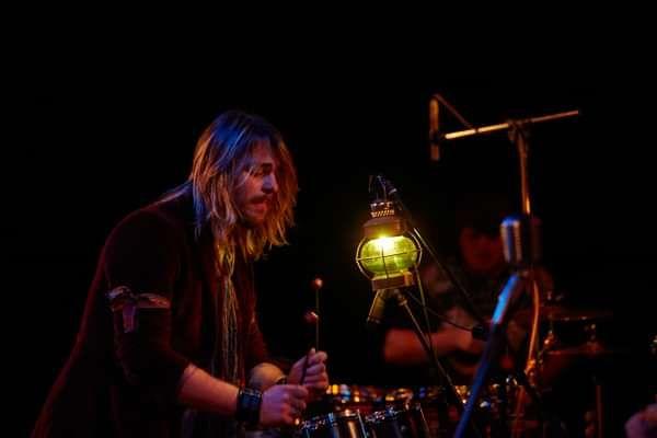 Do it - Darren Jones and the World Music Band