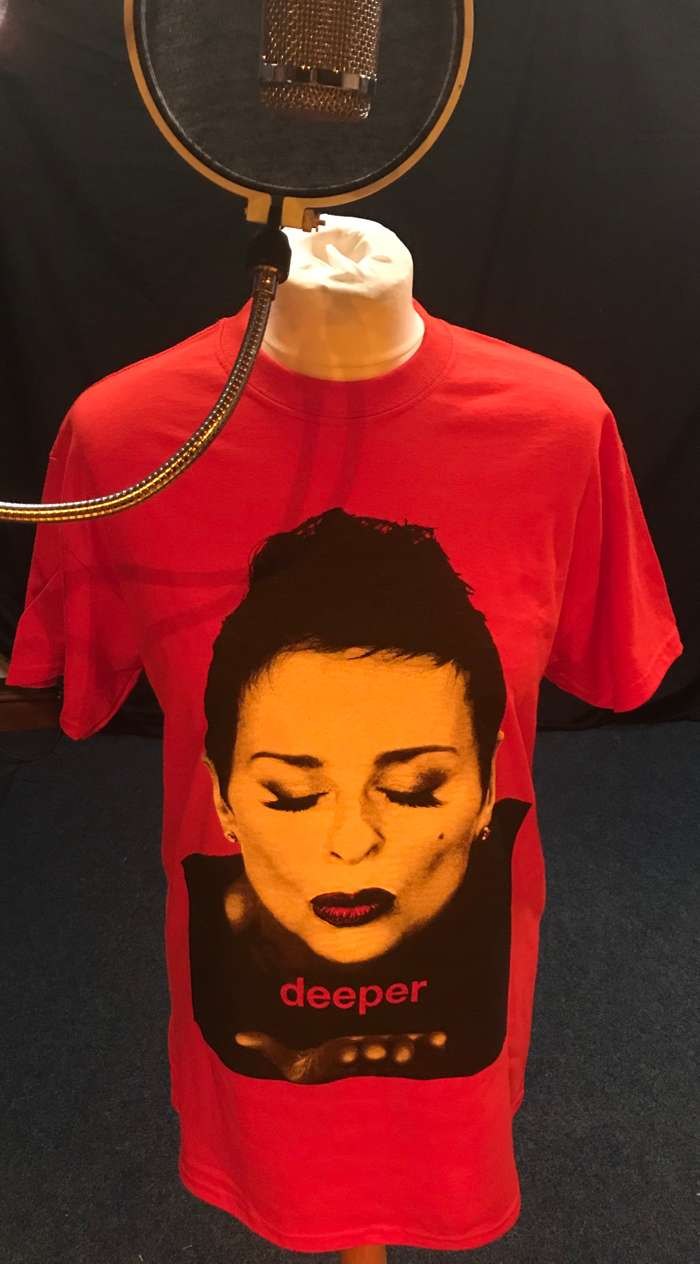 Two limited edition Deeper T-Shirts Red and White - Lisa Stansfield