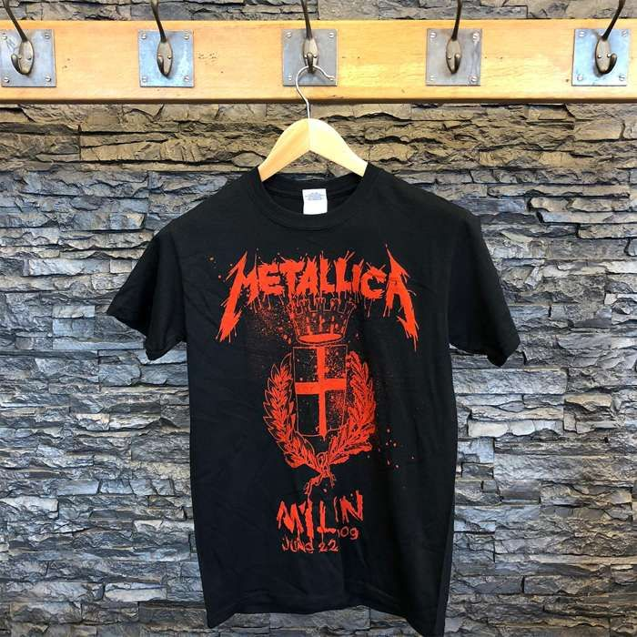 Milan City - Black Tee - Metallica