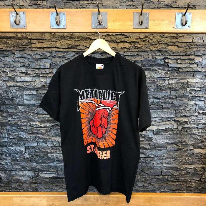 Red Fist - Black Tee - Metallica