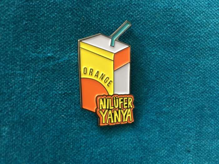Single Badges 🍊 - Nilufer Yanya