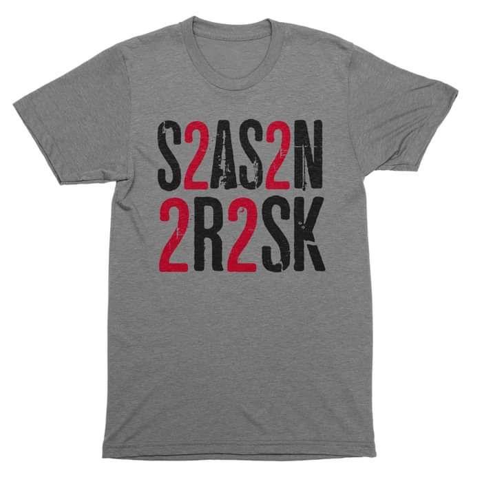 Text T-shirt - Season To Risk