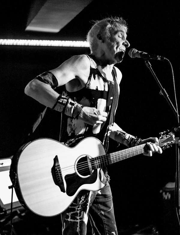 Tv Smith At The Hug And Pint Glasgow On 03 Oct 2019